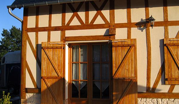 Fenêtre et volets bois sur mesure à Deauville