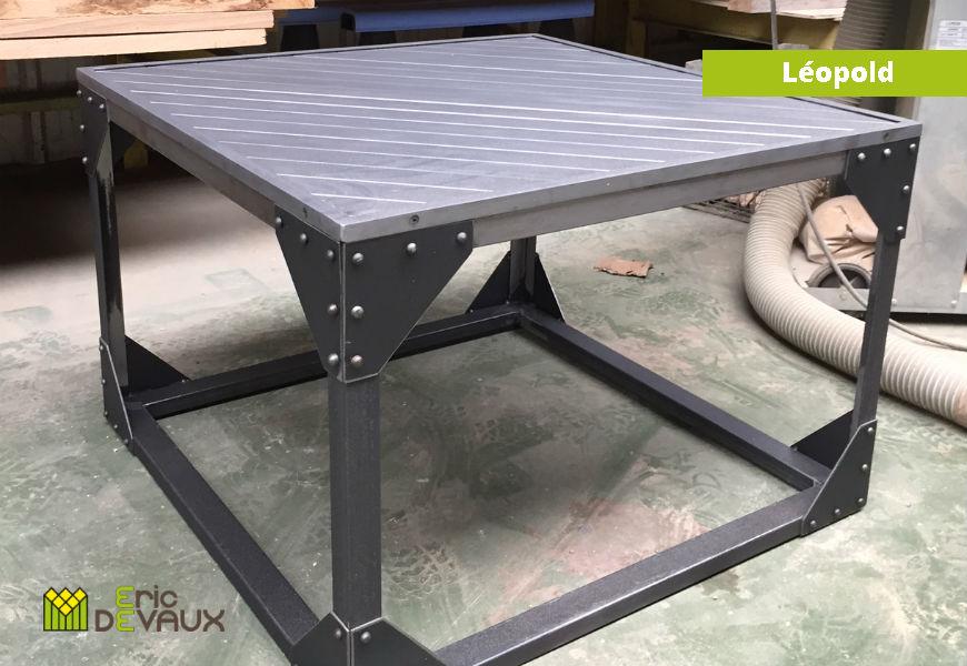 table basse acier brossé