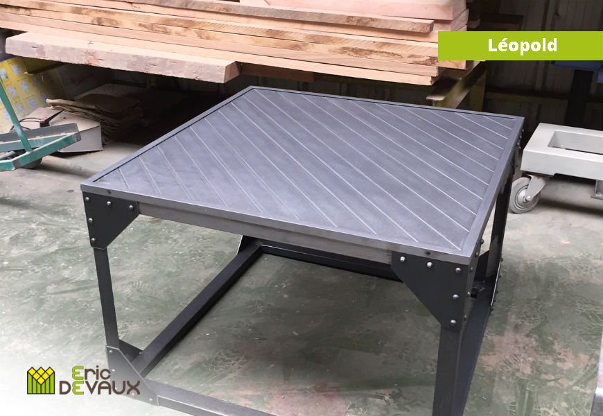 fabrication table basse acier brut